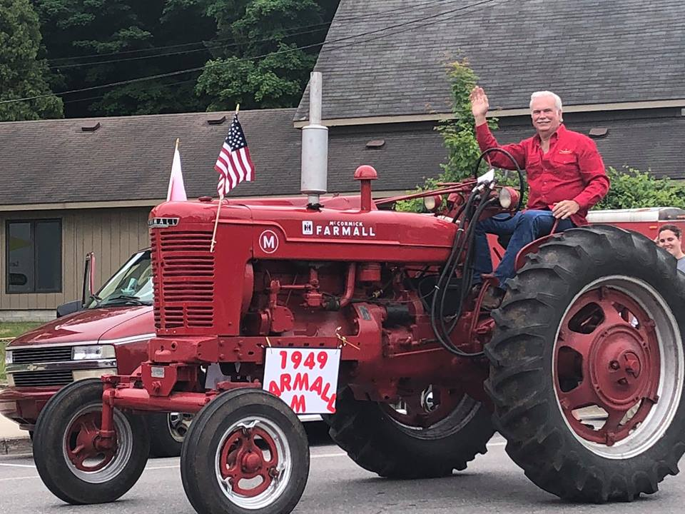 Parade with Tractor at Cedar Polka Fest